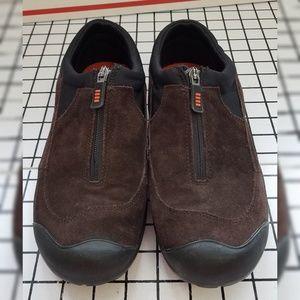 Women's Lands End zipper shoe Style 322424